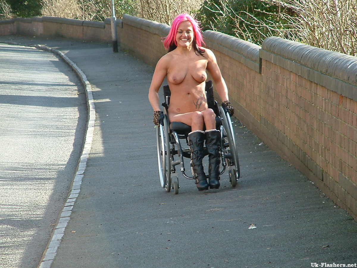 girls Nude handicapped