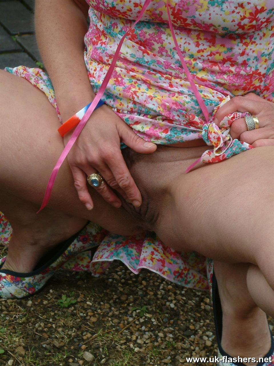 Sexy nude mom butt